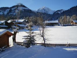 Schifahren bis zur Haustür - das gibt's nur im Haus Baumgartner