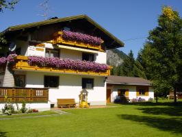 """Haus """"Alpenglühn"""""""