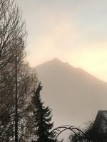 Nesselwängle bei Nebel am Morgen