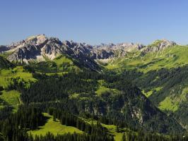 Bergwelt Grän